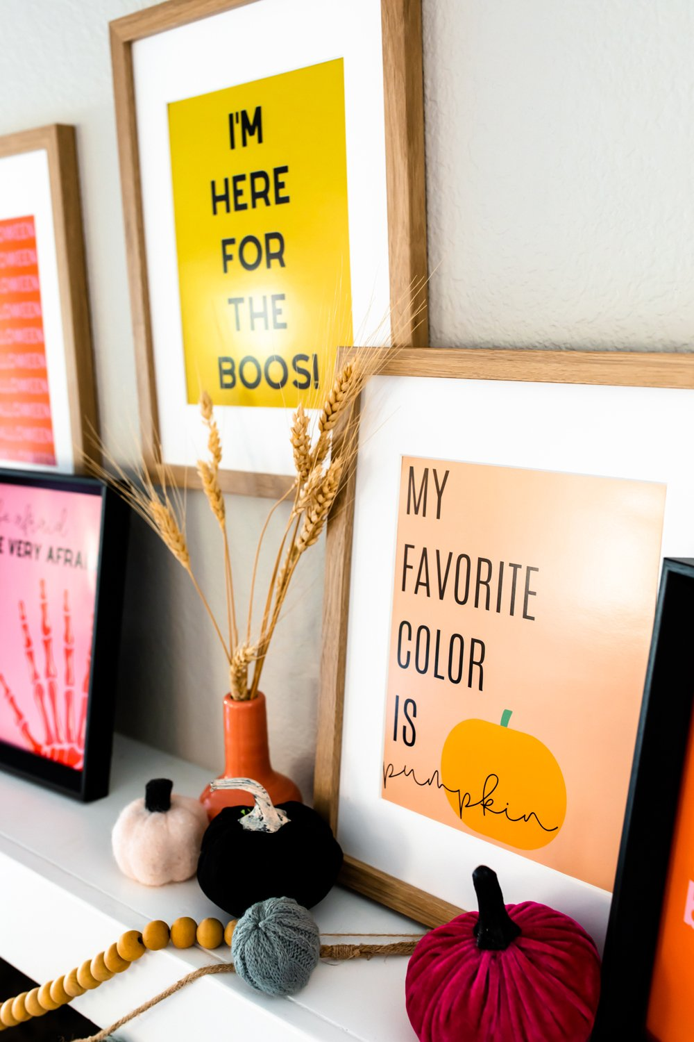 Halloween funny quotes for Halloween party wall decor